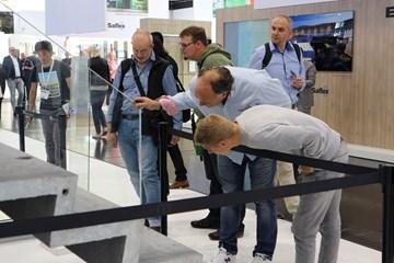 Ultra-thin hybrid staircase